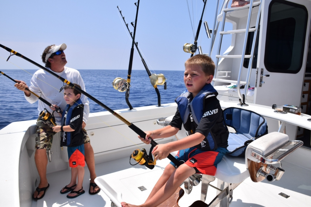 Deep sea fishing kona hawaii 96740 big island of hawaii for Kona fishing charters